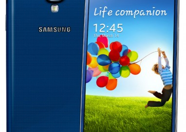 GALAXY S4 Now in Pink and Blue