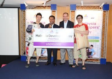 AT&T-MCMC 2013 Malaysia Developers' Day Winners Celebrate