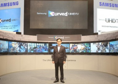 Samsung MY Unveils Curved UHD TV