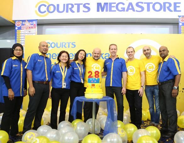 A new Courts unveiled with Senang Sahaja, Courts Ada