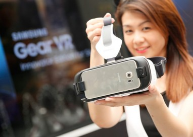 Samsung expands its Unrivaled Mobile Virtual Reality Experience with Gear VR Innovator Edition for S6