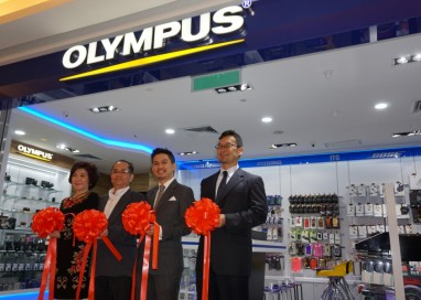 Olympus launches OMD EM Mk II and new Midvalley brand store