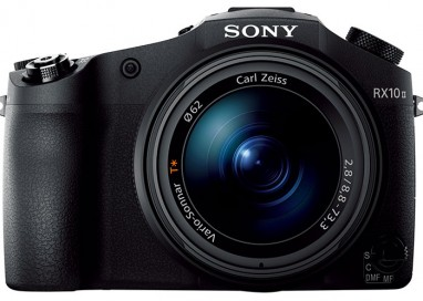 Sony Cyber-shot RX10 II – 20.2 Mega Pixel  with 8.3x Optical Zoom