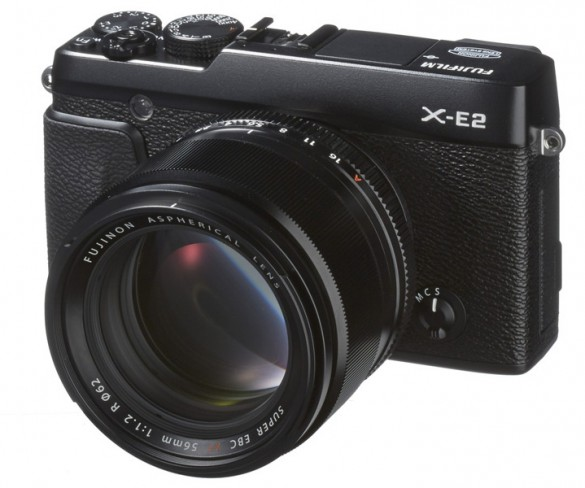 FUJIFILM X-E2 – Even faster so the moment cannot escape.