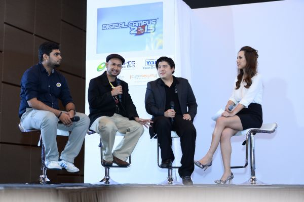 (L-R) Panel of industry experts Atiq Rahman, former Robotics champion at National and regional level; Azizul Hakim (Joe),  from Glue Studios; Christopher Tock, Owner of Social Grooves enlightening the guests and media more about coding, robotics and digital animation.