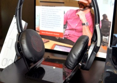 Plantronics unveils business oriented Voyager Focus UC headphones