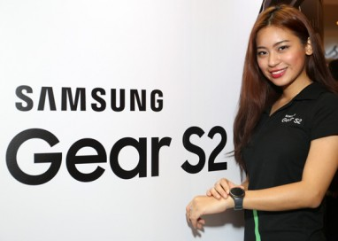 Start your New Year's resolution early with Samsung Gear S2!