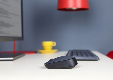 Break Free with Logitech M171 Wireless Mouse