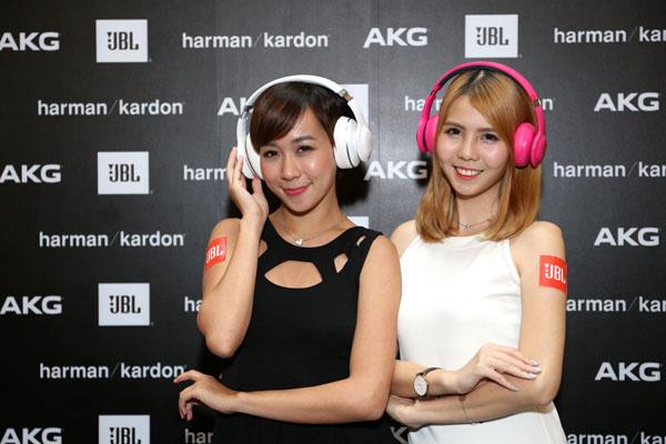 harrmanheadphone3