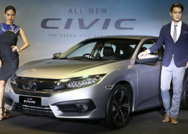 "Honda launches 10th Generation Civic Offering ""D-Segment Value"" At ""C-Segment Pricing"