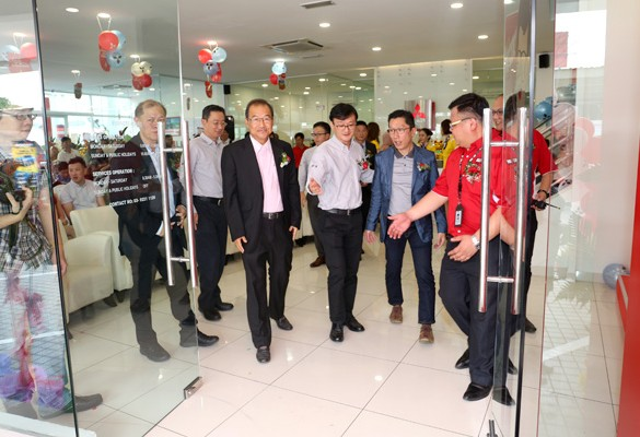 Mitsubishi Motors launches 55th Showroom in Malaysia