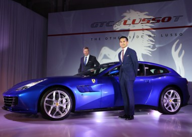NAZA Italia reveals Ferrari GTC4Lusso T in simultaneous global debut