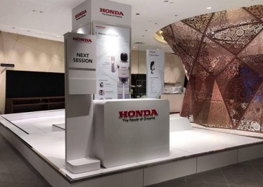 Honda Malaysia debuts Uni-Cub Β Mobility Device at Isetan The Japan Store