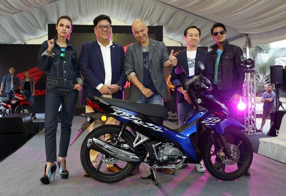 2017 Honda Wave Dash Fi revs up the Runway