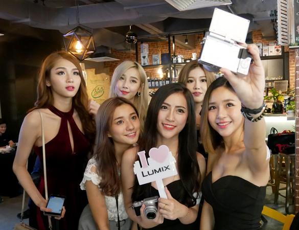 Panasonic launches LUMIX GF9 with 4K PHOTO & 4K Video Recording
