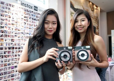Fujifilm targets Quadruple Global Sales of Instax Cameras to 9 Million Units in FY2018 with the launch of Instax SQUARE SQ6