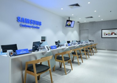 Samsung Re-Opens its New Concept Premium Care Centre in Plaza Low Yat, Kuala Lumpur