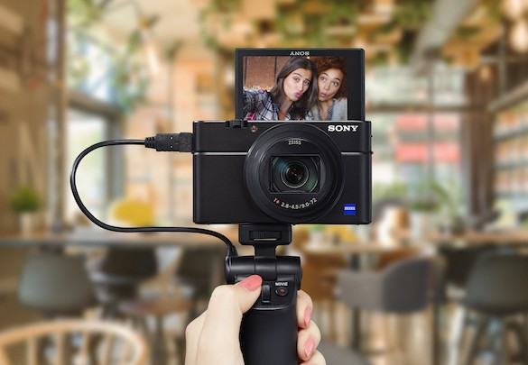 Sony's New RX100 VI and New VCT-SGR1 Shooting Grip