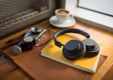 Plantronics Backbeat Go 605 Wireless Headphones: Superior and Personalized Sound for less than RM500