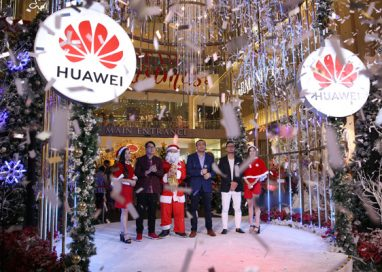 "Huawei brings ""Snow' to celebrate Christmas in Malaysia"
