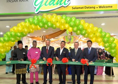 Giant Hypermarket Batu Caves unveiled New Fresh Look; Offering Customers Seamless Shopping Experience