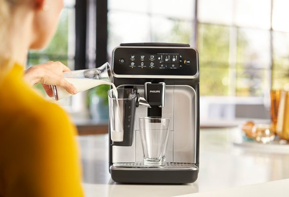 Philips launches new range of coffee machines, offering a fresh, fuss-free café style experience at home