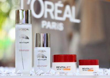 Crystal clear, radiant skin made simple with L'Oréal Paris Two-Step Regime!