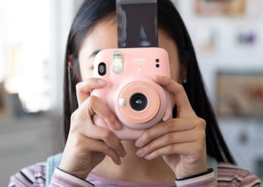 "Fujifilm launches ""instax mini 11"""