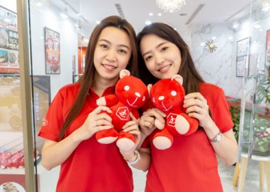 Jewel Cafe Malaysia appraised more than 1.7 million Luxury Goods with high value in return