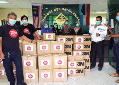 Care Package Delivery for our Medical Heroes in East Malaysia #MalaysiaBersama #LawanCOVID19