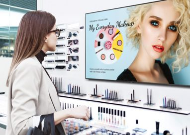 Samsung unveils 'Business TV' an Intuitive Display Built for Small Business