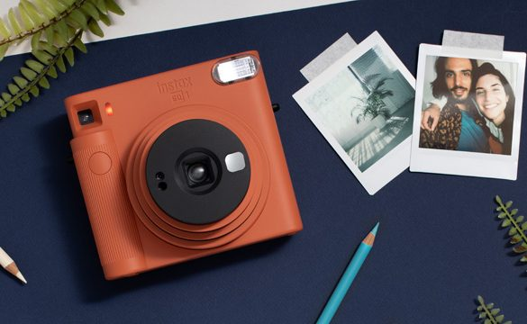 Fujifilm introduces instax SQUARE SQ1 Instant Camera