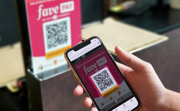 Grab partners with Fave: Connect your GrabPay wallet to Fave and earn both Cashback and Points at over 17,000 Retailers when you pay with the Fave app