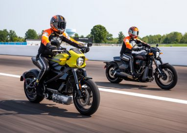 "Harley-Davidson Livewire Motorcycle shows the Thrills of Drag Racing's Future in ""Science of Speed"""
